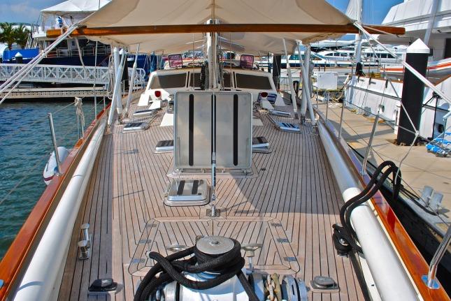 sailboat-747022_1280