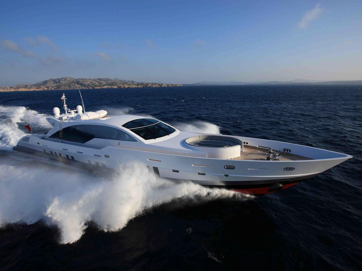 2011 Monaco Yacht Show: Features Tecnomar 36m Superyacht