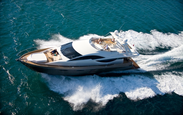 The Numarine 78 Fly delivers performance with striking good looks and lots of interior styling.