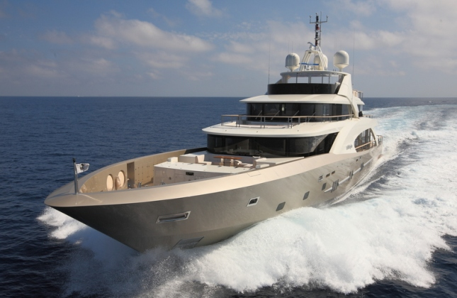 Couach-5000-Fly-motor-yacht-La-Pellegrina-featuring-propulsion-system-by-Ship-Motion-Group-Photo-courtesy