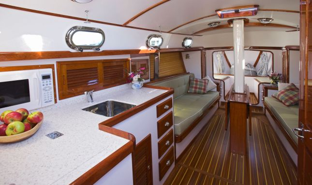 sailboat-interior